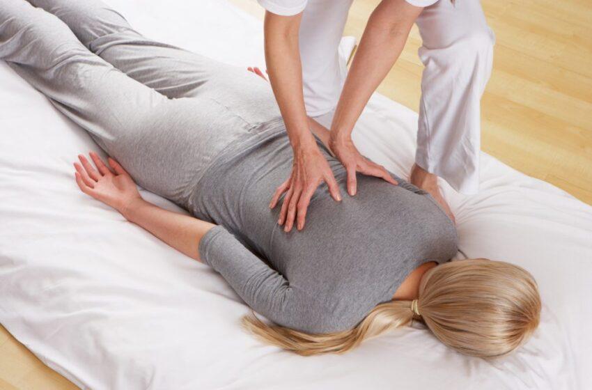 Massaggio sul futon per un piacere superiore!