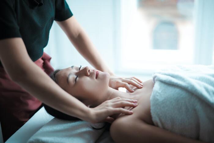 Come fare un massaggio erotico? Scopriamolo!